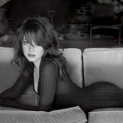 http://germanbeautysabine.files.wordpress.com/2012/04/emma_stone_sexy-1024x1024.jpg?w=497&h=497