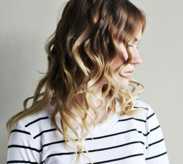 how-to-style-flat-iron-curls